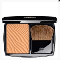 Пудра компактная увлажняющая с эффектом загара Chanel -  Soleil Tan De Chanel №61 Desert Corail