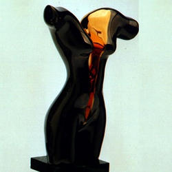 Статуэтки Galos (Испания) - Виктория - 22 x 10 см. (фарфор, покрытие платиной, золотом)