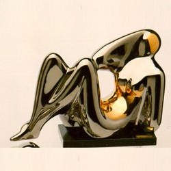 Статуэтки Galos (Испания) - Мини Омега - 12 x 19 см. (фарфор, покрытие платиной, золотом)