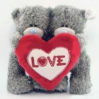 Игрушка плюшевый мишка MTY (Me To You) -  два мишки держат сердце 23 см (арт. GYW1008)