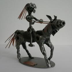Статуэтки Hinz and Kunst (Германия) - Девочка на пони - 15 x 20 см. (металл)