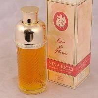 Nina Ricci Eau de Fleurs - туалетная вода - 50 ml TESTER (Vintage цилиндрический флакон)