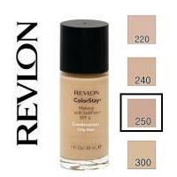Revlon - Тональный крем стойкий для комбинированной/жирной кожи Colorstay Makeup with Softflex №250 Свежий беж