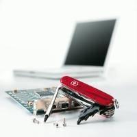 Складной нож Victorinox - CyberTool - 91 мм, 34 функций полупрозрачный красный (1.7725.T)