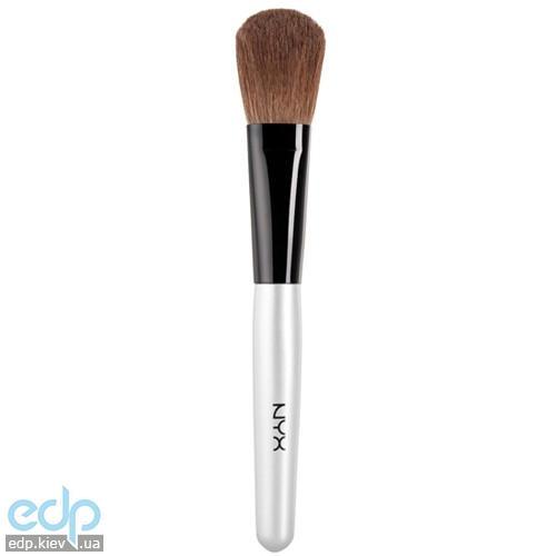 NYX - Кисть для румян Blush Brush B03 - 20.4 g