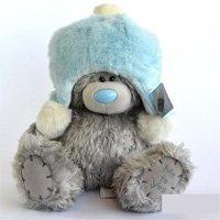 Игрушка плюшевый мишка MTY (Me To You) -  мишка в голубой меховой шапке 25 см (арт. G01W1996)