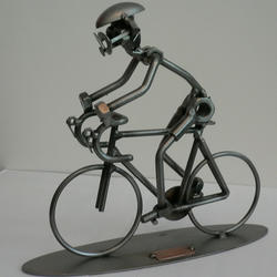 Статуэтки Hinz and Kunst (Германия) - Велосипедист - 20 x 22 см. (металл)