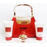 Moschino Glamour -  Набор (туалетна вода mini 4.5 ml + лосьон-молочко для тела 25 + гель для душа 25)